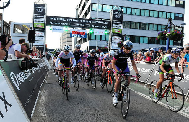 How to do Sports Photography Bike Race Start